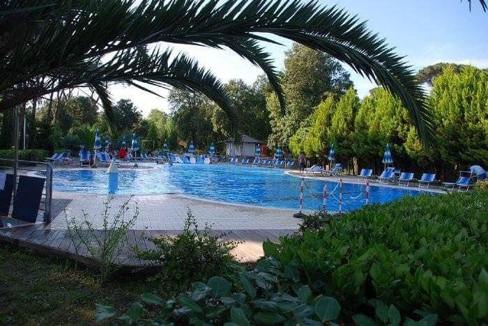Zwembad Camping Paradiso